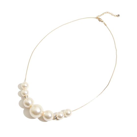figure_pearl_necklace_18002_fszk_fgr_1200002